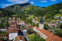 France, Pyrénées-Atlantiques (64), Pays Basque, village de Saint-Etienne-de-Baïgorry // France, Pyrénées-Atlantiques (64), Basque Country, village of Saint-Etienne-de-Baïgorry