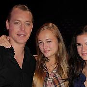 NLD/Hilversum/20120901 - 2de liveshow AVRO Strictly Come Dancing 2012, Mark van Eeuwen, Caroline Spoor en Marly van der Velden