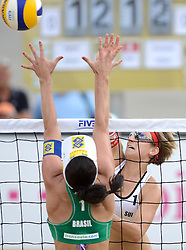 16-07-2014 NED: FIVB Grand Slam Beach Volleybal, Apeldoorn<br /> Poule fase groep G vrouwen - Tanja Goricanec (1)