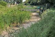 Nederland, the netherlands, Brummen, 10-8-2020 Een beek is drooggevallen vanwege de aanhoudende droogte . Hier in de Achterhoek op de hoge zandgronden is het watertekort een toenemend probleem. Foto: ANP/ Hollandse Hoogte/ Flip Franssen