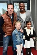 Tina in concert  met de Premiere Tini: het nieuwe leven van Violetta in Carre, Amsterdam.<br /> <br /> Op de foto:  Rob Geus met zijn dochter Esmee en Jeremy Sno met zijn dochter