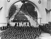 World War I 1914-1918:  Victory parade of American soldiers returning from the war marching through Minneapolis, USA, 1919.