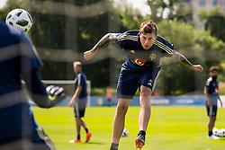 May 29, 2018 - BÃ¥Stad, Sverige - 180529 Victor Nilsson Lindelöf under Sveriges fotbollslandslags träning den 29 maj 2018 i BÃ¥stad  (Credit Image: © Petter Arvidson/Bildbyran via ZUMA Press)