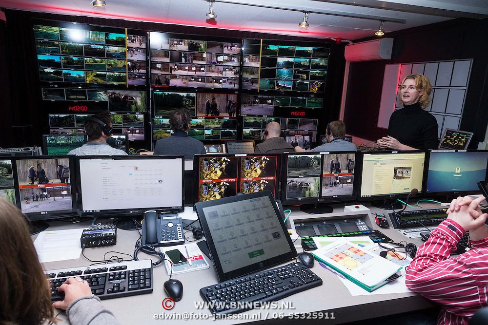 NLD/Bussum/20131219 - Perspresentatie nieuwe real life soap Utopia, Regie kamer