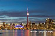 60912-00115 City Skyline at dusk Toronto, ON Canada