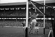 19/08/1962<br /> 08/19/1962<br /> 19 August 1962<br /> All Ireland Football Semi Final: Cavan v Roscommon at Croke Park, Dublin.