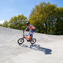 05-05-2020: Wielrennen: BMX KNWU: Papendal <br />Dave van der Burg