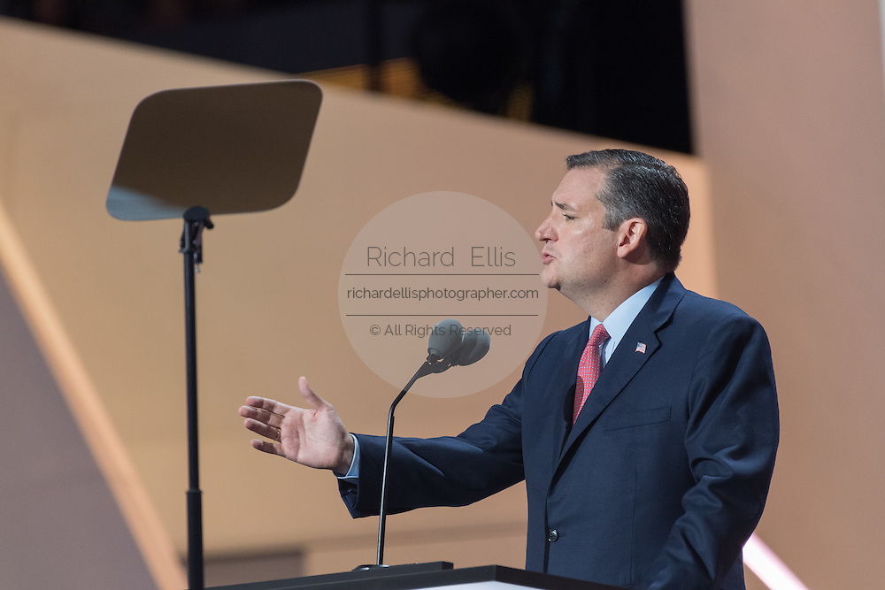 Senator Ted Cruz addresses delegates during the third day of the Republican National Convention July 20, 2016 in Cleveland, Ohio. Cruz spoke without endorsing Republican Presidential candidate Donald Trump and told delegates to vote with the conscience.