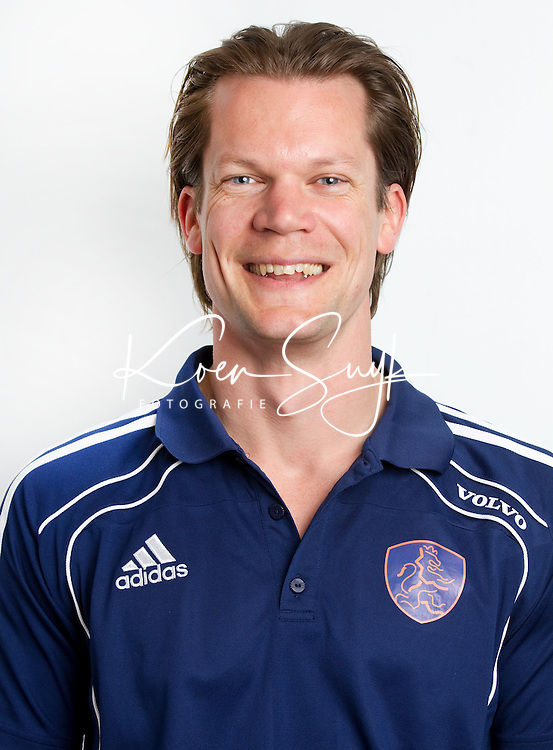 ZEIST- Bas van der Pol, fysio van Nederlands Jongens B. FOTO KOEN SUYK