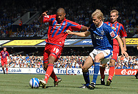 Photo: Ashley Pickering.<br /> Ipswich Town v Crystal Palace. Coca Cola Championship. 26/08/2007.<br /> Tom Soares of Palace (L) and Dan Harding of Ipswich