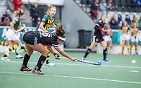 AMSTELVEEN - Noor de Baat (Amsterdam) tijdens de competitie hoofdklasse hockeywedstrijd dames, Amsterdam-HDM (1-1).  COPYRIGHT KOEN SUYK