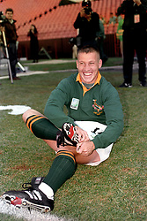 SOUTH AFRICA WINGER JAMES SMALL, WHO<br /> WILL HAVE THE JOB OF MARKING NEW<br /> ZEALAND PHENOMENON, JONAH LOMU, IN THE<br /> RUGBY WORLD CUP FINAL AT ELLIS PARK,<br /> JOHANNESBURG.