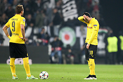 24.02.2015, Juventus Stadium, Turin, ITA, UEFA CL, Juventus Turin vs Borussia Dortmund, Achtelfinale, Hinspiel, im Bild l-r: enttaeuschung bei Ciro Immobilie #9 (Borussia Dortmund) und Henrikh Mkhitarjan #10 (Borussia Dortmund) am Anstosspunkt // during the UEFA Champions League Round of 16, 1st Leg match between between Juventus Turin and Borussia Dortmund on at the Juventus Stadium in Turin, Italy on 2015/02/24. EXPA Pictures © 2015, PhotoCredit: EXPA/ Eibner-Pressefoto/ Kolbert<br /> <br /> *****ATTENTION - OUT of GER*****