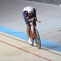 16-12-2016: Wielrennen: NK baanwielrennen: Apeldoorn  <br />Daniel Abraham Gebru in de kwalificatie achtervolging