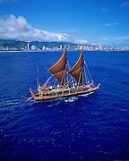Hokulea Sailing Canoe, Oahu, Hawaii (editorial use only)<br />