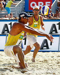 07.08.2011, Klagenfurt, Strandbad, AUT, Beachvolleyball World Tour Grand Slam 2011, im Bild Pedro Cunha und Ricardo Santos (BRA), EXPA Pictures © 2011, PhotoCredit: EXPA/ Erwin Scheriau