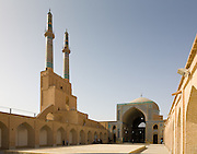 The J?meh Mosque of Yazd, courtyard