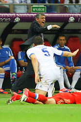 16.06.2012, Nationalstadion, Warschau, POL, UEFA EURO 2012, Griechenland vs Russland, Gruppe A, im Bild TRENER FERNANDO SANTOS (GRE), // during the UEFA Euro 2012 Group A Match between Greece and Russia at the National Stadium Warsaw, Poland on 2012/06/16. EXPA Pictures © 2012, PhotoCredit: EXPA/ Newspix/ Tomasz Jastrzebowski..***** ATTENTION - for AUT, SLO, CRO, SRB, SUI and SWE only *****