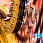 NLD/Hilversum/20130930 - Repetitie Metropole Orkest voor concert, harpiste Joke Schonewille