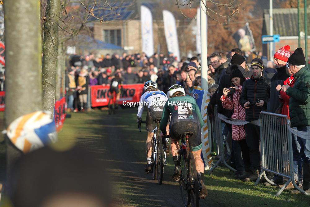 27-12-2019: Wielrennen: DVV veldrijden: Loenhout: Yara Kastelijn