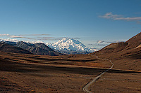 Road to Denali. Image taken with a Nikon D3x and 45 mm f/2.8 PC-E lens (ISO 100, 45 mm, f/16, 1/250 sec).