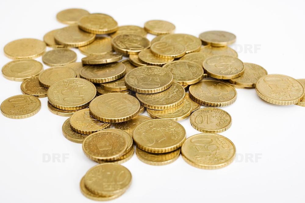 Nederland Barendrecht 29 maart 2009 20090329 Foto: David Rozing .kleingeld, euromunten.money , euro coints symbolisch, symbolische. stockbeeld, stockfoto, stock, studio opname, illustratie.Foto: David Rozing
