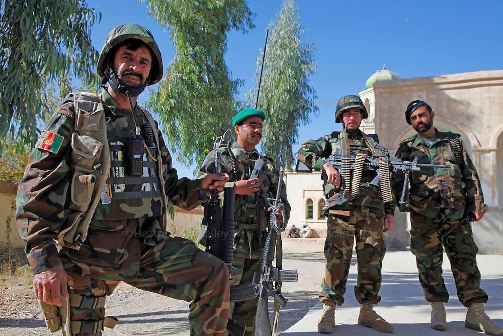 Mcc0018106 . SundayTelegraph..For the Sunday Telegraph..Afghan soldiers or ANA at a Shura or meeting in the Nad e'Ali district of Helmand province, southern Afghanistan...Afghanistan 8 November 09