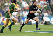 19th July, 2003. Loftus, Pretoria, South Africa. Tri - Nations Rugby. New Zealand v South Africa.<br />Mark Hammett looks for support.<br />The All Blacks beat the Springboks  52-16.<br />Pic: Noel Hammond/Photosport