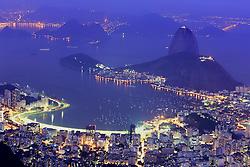 Rio de Janeiro - RJ - Vista aérea da enseada de Botafogo com Pão de Açúcar ao fundo, na entrada da Baía da Guanabara. FOTO: Jefferson Bernardes/Preview.com