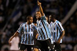Gilson comemora seu gol na partida contra o Oriente Petrolero válida pela Copa Libertadores da América 2011, no estádio Olimpico, em Porto Alegre. FOTO: Jefferson Bernardes/Preview.com