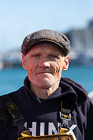 Porträt eines englischen Fischers, Brixham, Englands verkehrsreichster Fischereihafen, Devon. // Portrait of an English fisherman, Brixham, England's busiest fishing port, Devon.