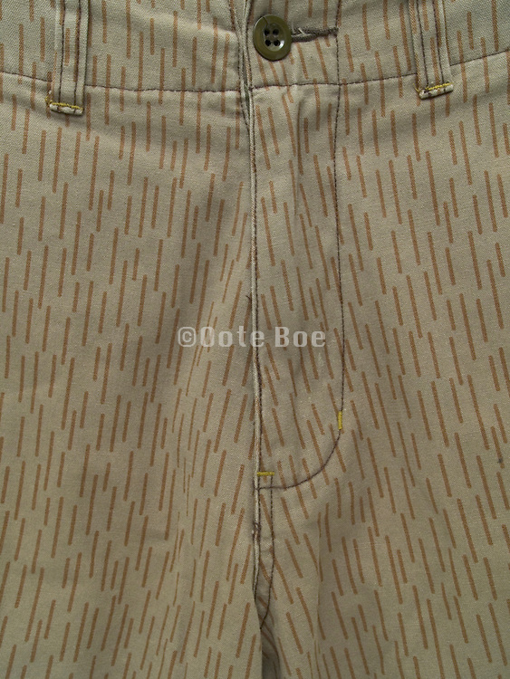 close up of the zipper from pants