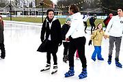 Kick-off De Hollandse 100 2019 van Lymph&Co bij de Jaap Eden IJsbaan in Amsterdam.Lymph&Co is een initiatief van Bernhard van Oranje en heeft als doel de financiering van wetenschappelijk onderzoek naar de aard en behandeling van lymfklierkanker te steunen. <br /> <br /> Op de foto: Simon Keizer en Prinses Annette