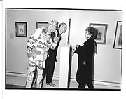 Andre Bartenev, Andrew Logan and Maggi Hambling. From Mantegna to Picasso. Royal Academy. London. 7 November 1996. © Copyright Photograph by Dafydd Jones 66 Stockwell Park Rd. London SW9 0DA Tel 020 7733 0108 www.dafjones.com