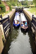 Navigating narrow boat lock River Avon, Fladbury lock, Cropthorne, Worcestershire, England