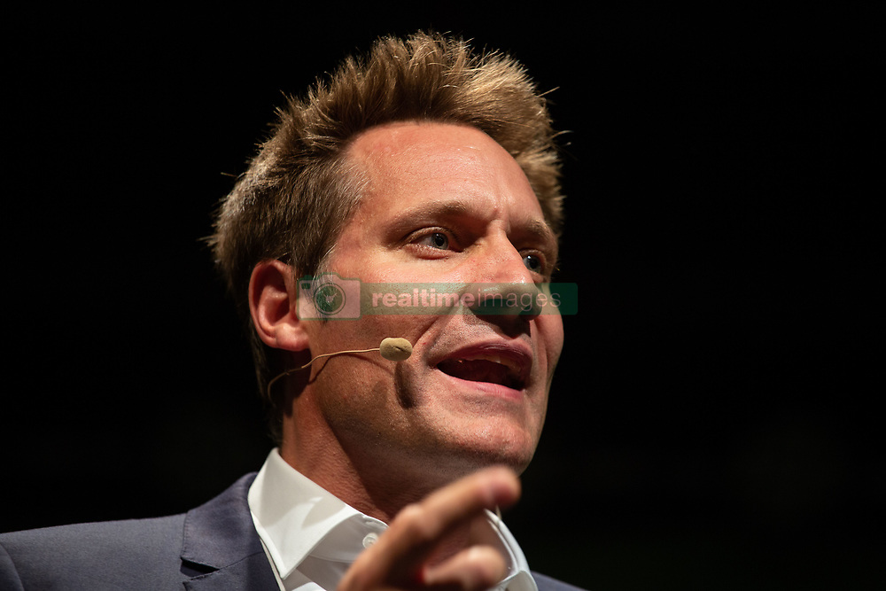 October 4, 2018 - Munich, Bavaria, Germany - Ludwig Hartmann answering some questions. The lead candidate of Buendnis 90 / Die Gruenen (The Greens) for the Bavarian State Elections Ludwig Hartmann and Cem Oezdemir answered to questions from the crowd. The Elections will be held on October 14. (Credit Image: © Alexander Pohl/NurPhoto/ZUMA Press)