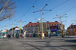"""THEMENBILD - Der leere Jakominiplatz in Graz in Folge des Coronavirus-Ausbruchs in Österreich, aufgenommen am 15.03.2020 in Graz, Österreich // Empty streets at the """"Jakominiplatz"""" as a result of the coronavirus outbreak in Austria, on 2020/03/15 in Graz, Austria. EXPA Pictures © 2020, PhotoCredit: EXPA/ Erwin Scheriau"""