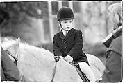 Simon Morrison , Cattistock Hunt, Melbury 14.11.87© Copyright Photograph by Dafydd Jones 66 Stockwell Park Rd. London SW9 0DA Tel 020 7733 0108 www.dafjones.com