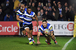 Matt Banahan of Bath Rugby scores the opening try of the match - Photo mandatory by-line: Patrick Khachfe/JMP - Mobile: 07966 386802 28/11/2014 - SPORT - RUGBY UNION - Bath - The Recreation Ground - Bath Rugby v Harlequins - Aviva Premiership