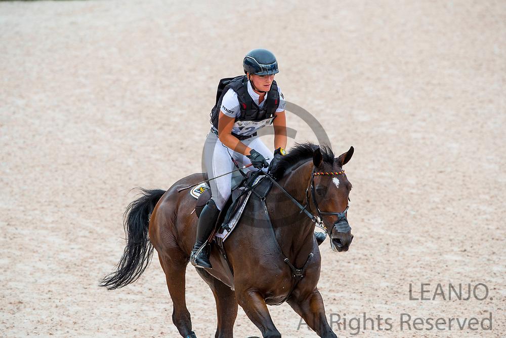 Julia Krajewski - Chipmunk FRH<br /> FEI World Equestrian Games Tryon 2018<br /> © DigiShots