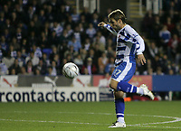 Photo: Lee Earle.<br /> Reading v Liverpool. Carling Cup. 25/09/2007. Bobby Convey scores Reading's first goal to equalise.