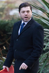 Downing Street, London, January 19th 2016. Welsh Secretary Stephen Crabb arrives at the weekly cabinet meeting. ///FOR LICENCING CONTACT: paul@pauldaveycreative.co.uk TEL:+44 (0) 7966 016 296 or +44 (0) 20 8969 6875. ©2015 Paul R Davey. All rights reserved.