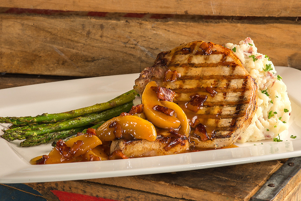 Pork Chop with Asparagus and mashed potato
