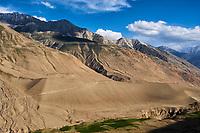 Tadjikistan, Asie centrale, Gorno Badakhshan, Haut Badakhshan, le Pamir, vallée du Wakhan, la rivière Pamir sépare le Tadjikistan et l'Afghanistan // Tajikistan, Central Asia, Gorno Badakhshan, the Pamir, Wakhan valley, Pamir river between Tajikistan and Afghanistan