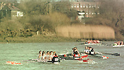 Chiswick London 2001 Women's Head of the river race Mortlake to Putney   © Intersport Images  <br /> <br /> Crews compete for the better water approaching Hammersmith Bend. 43 Kingston RC (B crew)  45 City of Oxford RC (A crew)  44 ORIRIS (B crew)<br /> <br /> [Mandatory Credit:Peter SPURRIER:intersport Images]
