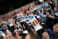 Fotball , 05. Oktober 2012, Tippeligaen , Eliteserien <br /> Vålerenga IF - Strømsgodset IF<br /> Strømsgodsetfansen med skjerf etter 1-0<br /> Foto: Sjur Stølen , Digitalsport