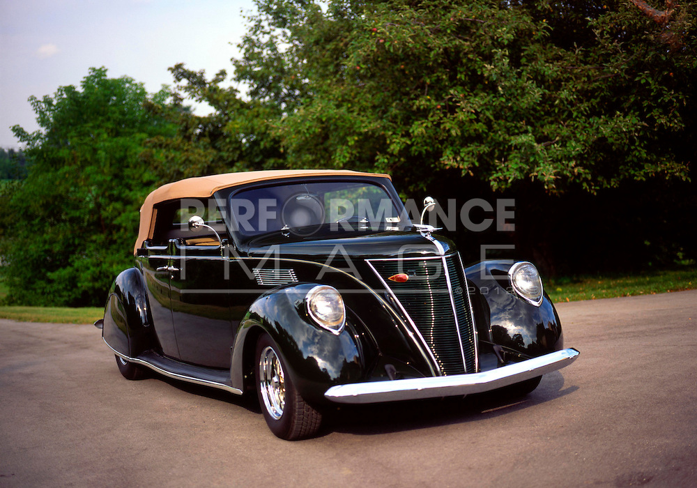 1937 Lincoln Zephyr Custom
