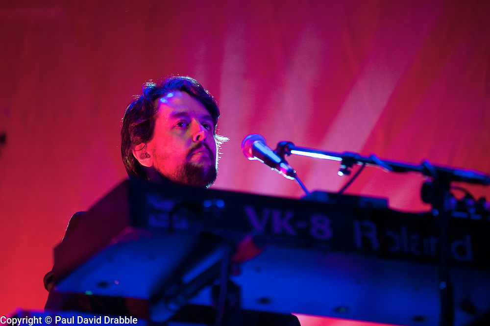 keyboards, Craig Potter Elbow at Sheffield Motorpoint Arena  .19 March 2011.Images © Paul David Drabble