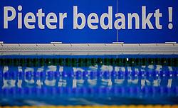 06-12-2008 ZWEMMEN: SWIMCUP: EINDHOVEN<br /> Boarding Piter van den Hoogenband creative <br /> ©2008-WWW.FOTOHOOGENDOORN.NL