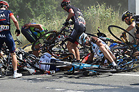 Sykkel<br /> Foto: PhotoNews/Digitalsport<br /> NORWAY ONLY<br /> <br /> Crash of the peloton during the stage 3 of the 102nd edition of the Tour de France 2015 with start in Antwerp and finish in Huy, Belgium (159 kms) *** HUY, BELGIUM - 6/07/2015